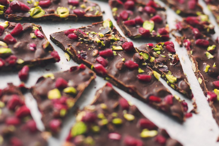 Nourishing Chocolate Bark with Pomegranates and Pistachio's