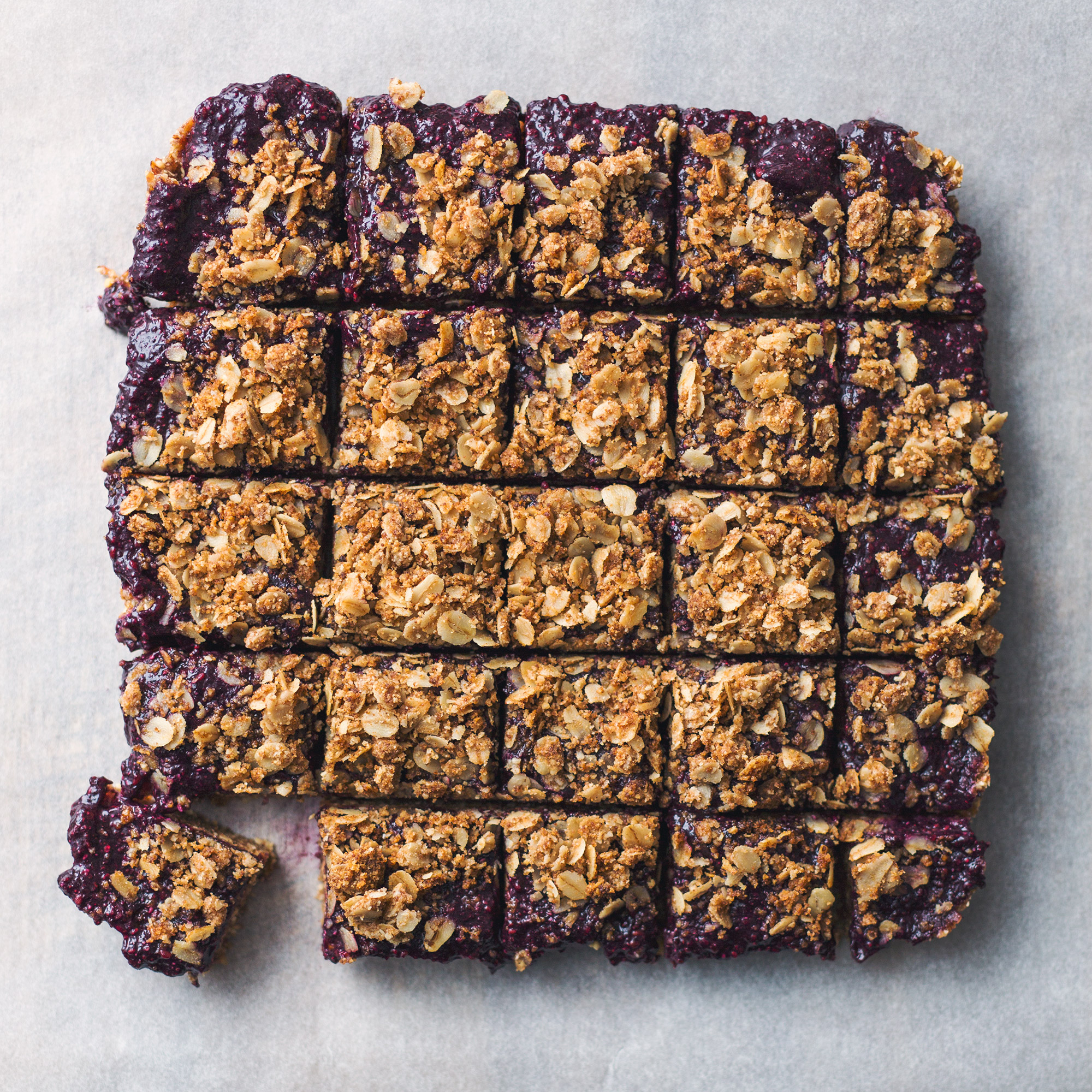 Blackberry Chia Jam Crumble Bars