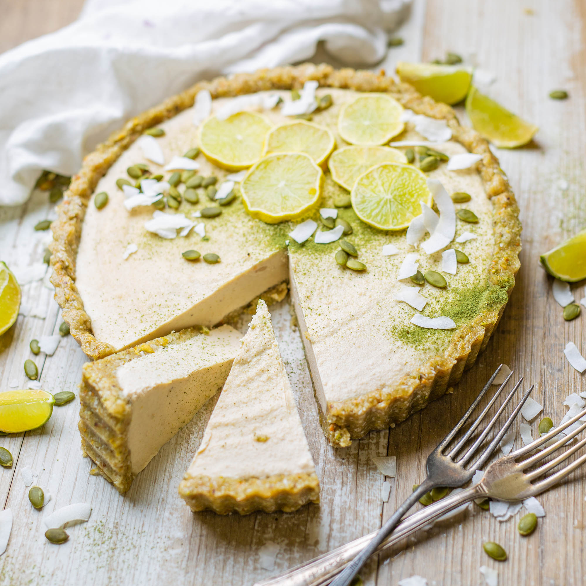 Vegan No Bake Key Lime Pie – No Refined Sugar