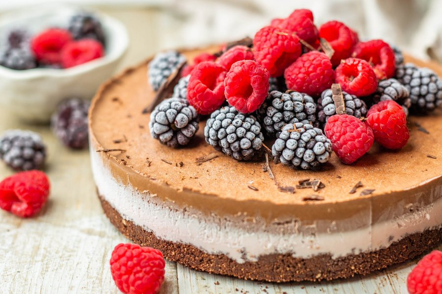 How To Make Healthier Vegan Ice Cream Cake